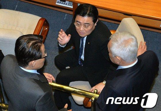 [사진]대화하는 김한길·전병헌·박지원