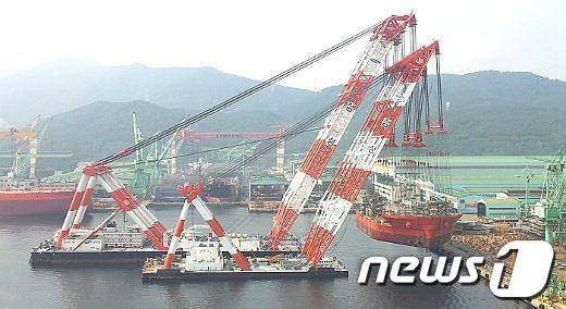 삼성중공업 해상 크레인/사진=뉴스1 DB© News1