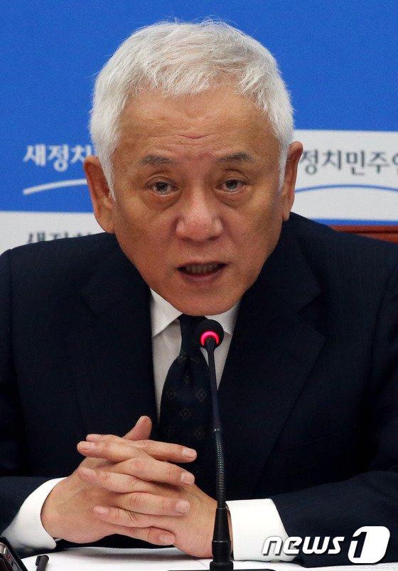 """[사진]김한길 """"죄송합니다"""""""