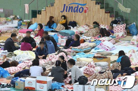 [사진][세월호 침몰] 애타는 세월호 실종자 가족들