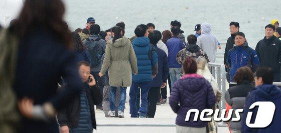 [사진][세월호 침몰] 실종자 가족들 '애타는 마음'