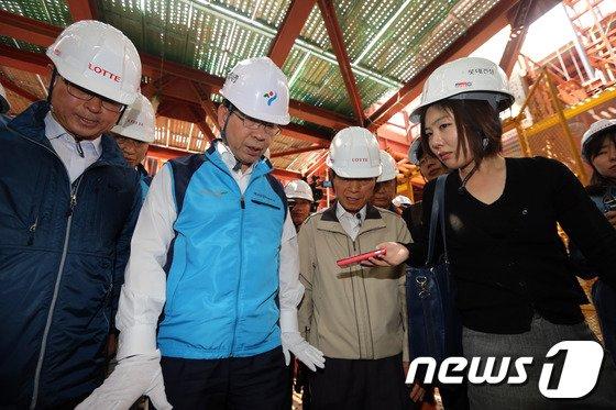 [사진]월드카워동 점검하는 박원순시장