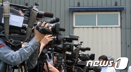 [사진]금수원 취재열기