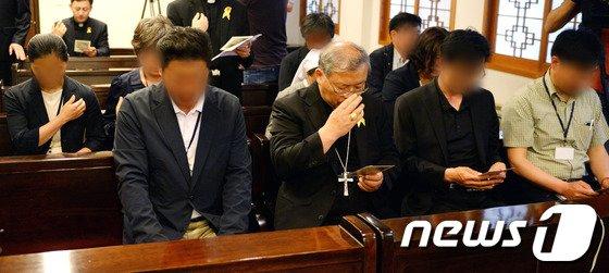 [사진]세월호 참사 사고 유가족과 염수정 추기경 만남