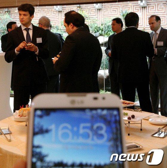 [사진]외교부 장관의 지각, 주한 공관장들에게 외교 결례