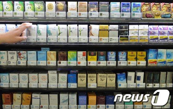 [사진]담배값 10년만에 대폭 인상될 듯 '효과는?'