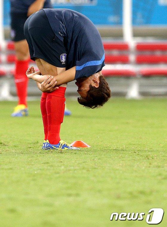 [사진][월드컵] 스트레칭 하는 박주영
