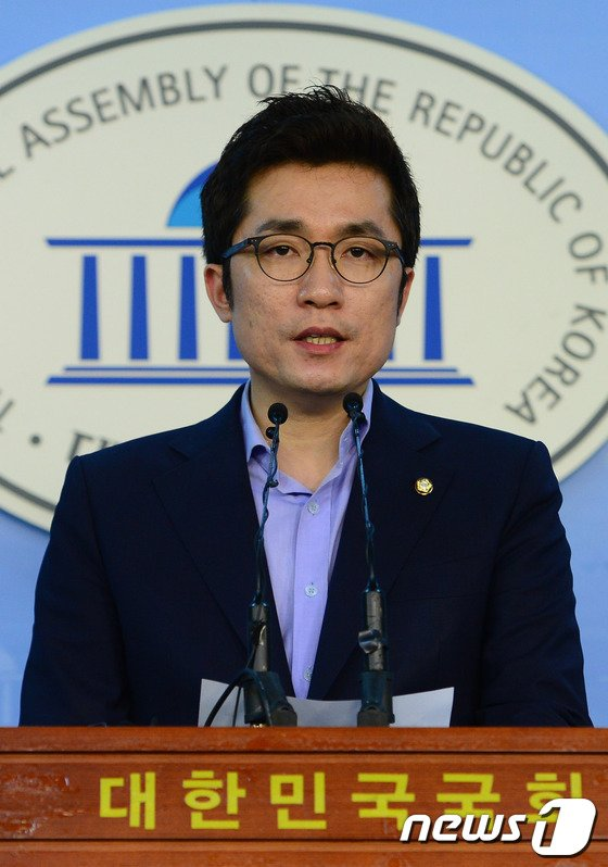 [사진]김상민, 문창극 총리 후보자 자진 사퇴 거듭 촉구