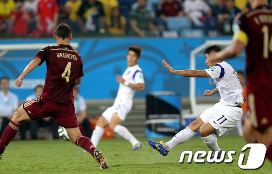 [사진][월드컵] 이근호의 선취골 순간