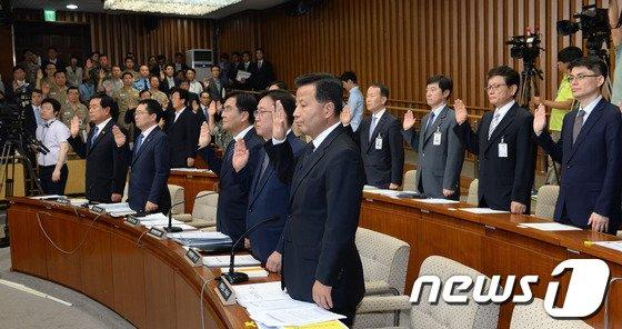 [사진]세월호 국조특위 '증인선서'