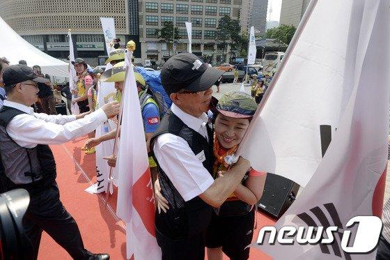 [사진]'대한민국 희망원정대 파이팅'