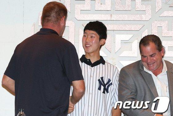 [사진]박효준 '뉴욕 양키스 부름 받았어요'