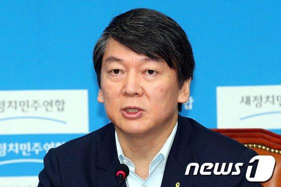안철수 새정치민주연합 공동대표. 2014.7.11/뉴스1 © News1   이광호 기자