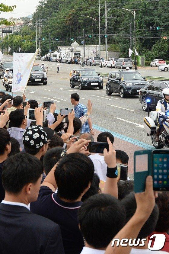 [사진]'프란치스코 교황이 오셨다'