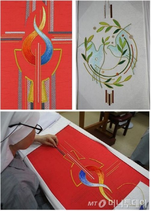 수녀들이 직접 수놓아 디자인한 교황 시복미사 제의(왼쪽, 붉은 옷)와 평화와 화해를 위한 미사에서 교황이 착용할 제의 앞면 디자인(오른쪽, 흰 옷) /사진제공=교황 방한위원회