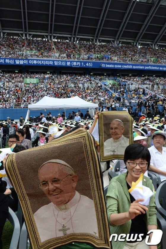 [사진]'프란치스코 교황님 어서오세요'