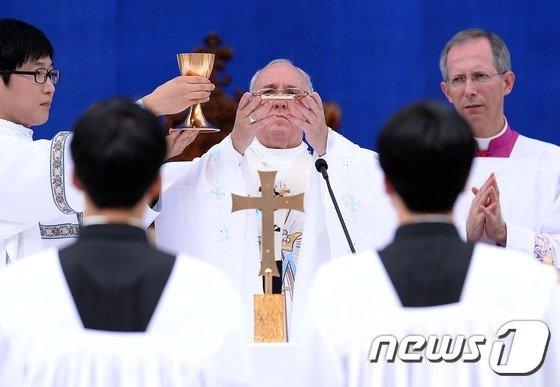 [사진]프란치스코 교황의 대전 미사