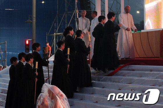 [사진]프란치스코 교황의 시복식 리허설