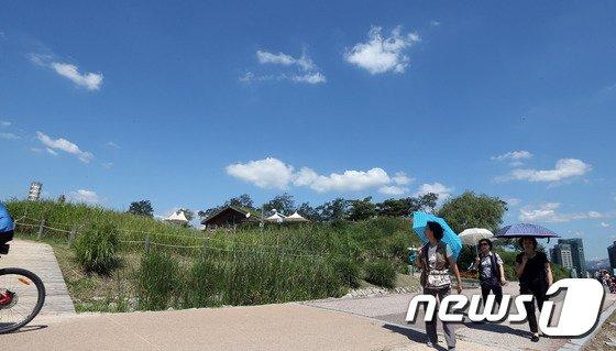 [사진]'푸른 하늘 펼쳐진 서울 하늘'