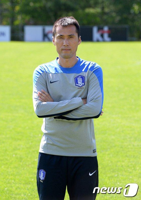 [사진]대한민국 U-16 축구대표팀 김길식 코치