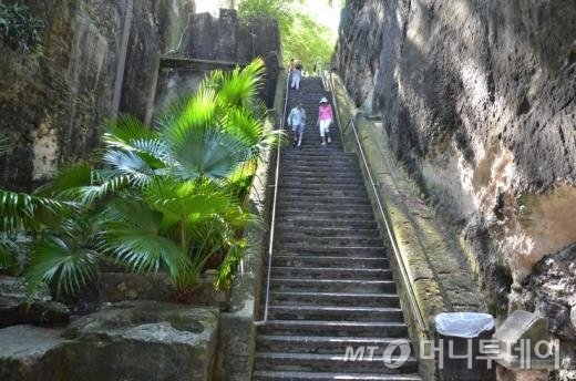 ↑ 여왕의 계단(Queen's Staircase)