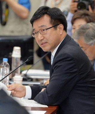 윤호중 새정치민주연합 의원 /뉴스1 © News1