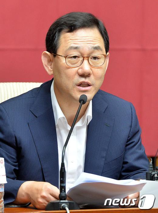 [사진]모두발언하는 주호영 정책위의장