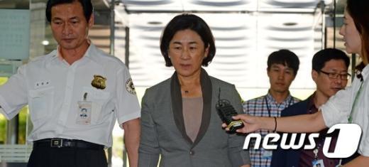 [사진]홍송원 서미갤러리 대표 '또 다시 구속위기'
