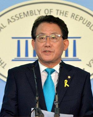 유기홍 새정치민주연합 수석대변인. 2014.6.23/뉴스1 © News1