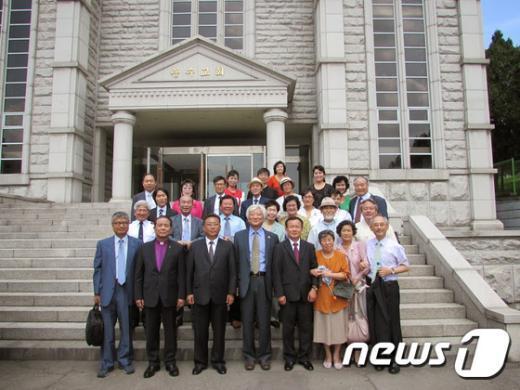 [사진]NCCK, 조선그리스도교련맹 평양서 8.15 남북공동기도회