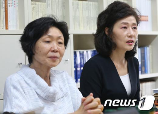 [사진]기자회견하는 숙대 작곡과 교수들
