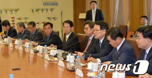 [사진]정의화 '26일 본회의 연다'