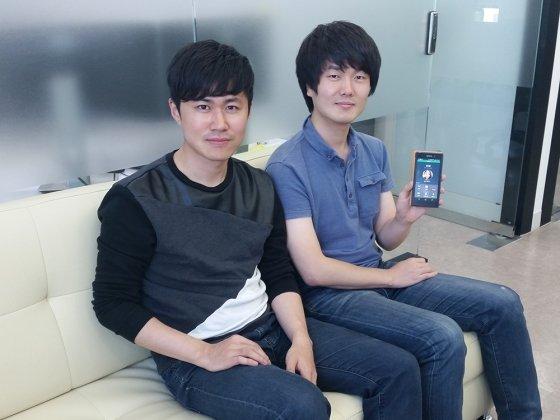 최정우 브릿지모바일 대표(왼)와 송수현 CTO/사진=브릿지모바일 제공