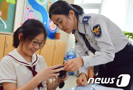 [사진]은평경찰서 SPO, 초등학교 학교폭력 집중 예방 교육