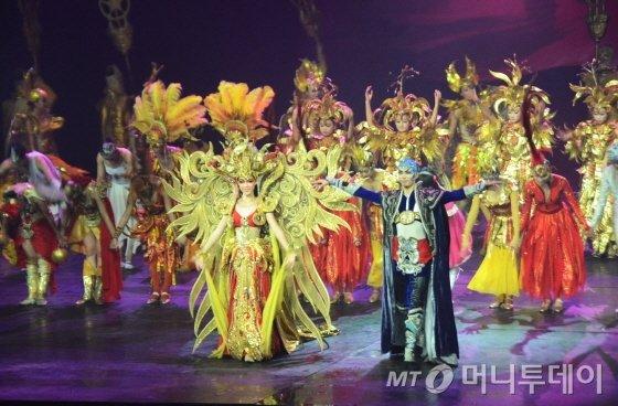 베이징 여행시 서커스 관람 이외에 옵션으로 많이 참가하는 금면왕조쇼/사진=이지혜 기자