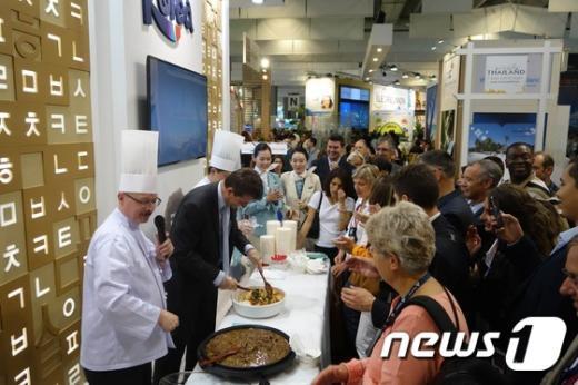 [사진]'대한항공' 파리에서 비빔밥?불고기덮밥 선보여