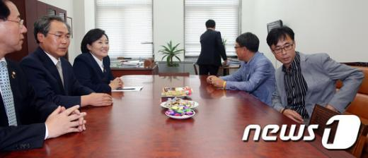 [사진]박영선 원내대표와 세월호 가족대책위 면담
