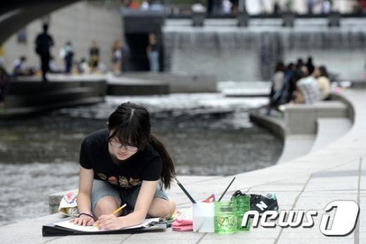 [사진]'어떤 그림 그려볼까'