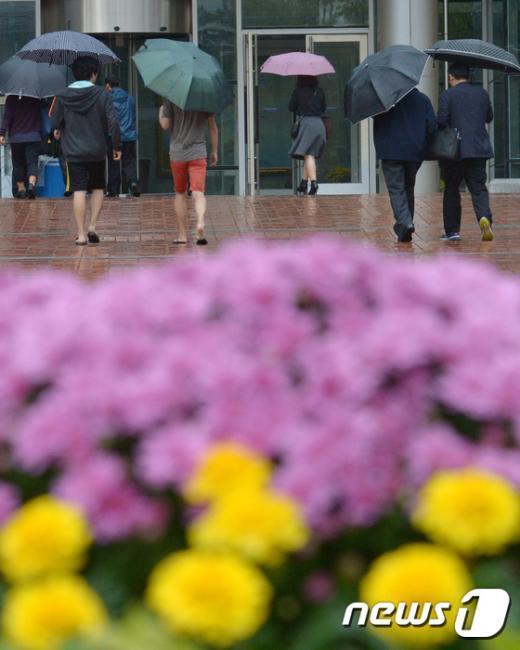 [사진]가을을 알리는 비