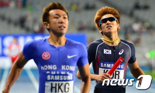 [사진]한국 남자 계주 400m 5위