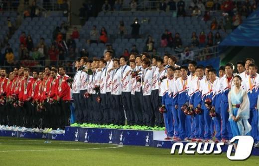 [사진]'금메달 애국가'