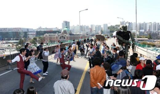 [사진]'서울역 고가에서 춤을'