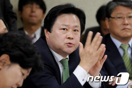 강기윤 새누리당 의원. 2014.10.10/뉴스1 © News1 윤창완 기자