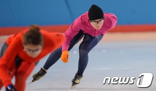 [사진]경기 전 몸 푸는 박승희