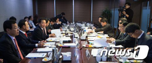 [사진]예산정책처, 여당 예결위원 예산안 설명회