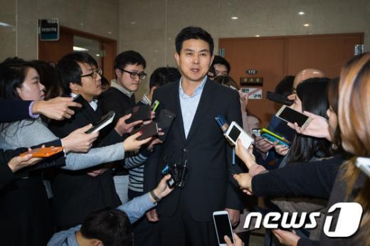 [사진]김태호 '최고위원 사퇴 철회'
