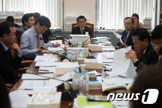 [사진]외교통일위원회 예산결산기금심사 소위원회
