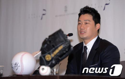 [사진]오승환, '내년목표는 블론세이브 줄이기 총력'
