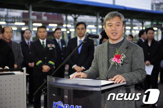 [사진]축사하는 김영훈 철도노조 위원장