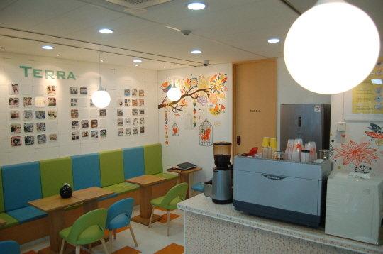 MDS테크놀로지 사내 마련된 카페 '테라' 전경 / 사진제공=MDS테크놀로지